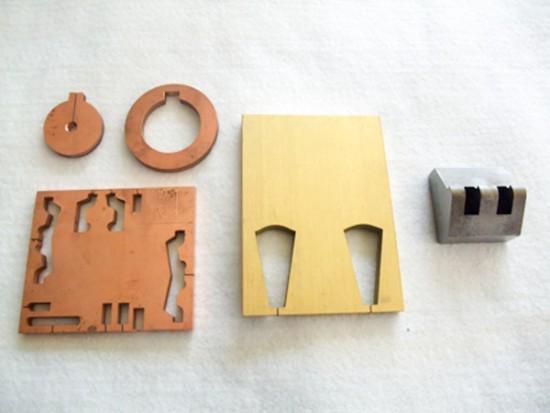 ワイヤー放電加工例