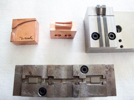 形彫り放電加工例